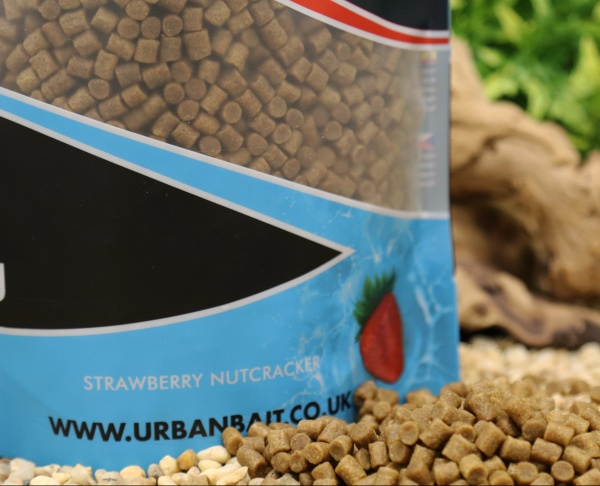 Urban Bait Strawberry Nutcracker Pellets 2mm